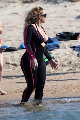 Mariah Carey in Wetsuit - Vacationing In Italy
