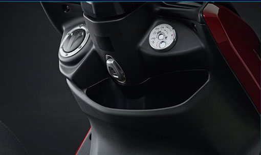 Yamaha SMAX có cốp khá là rộng