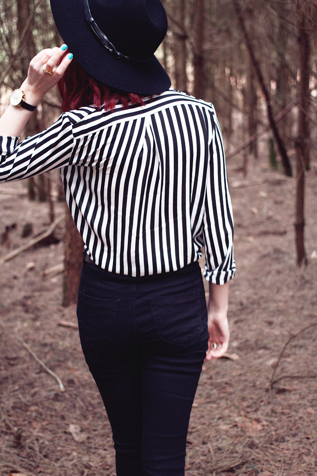 A personal style fashion blog featuring stripes from She Inside and Ridley jeans from ASOS