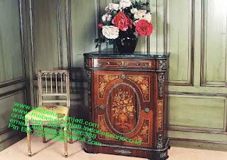 Mebel jepara mebel jati jepara mebel jati ukiran jepara nakas jati ukir klasik cat duco classic furniture jati jepara code NKSJ 167 NAKAS KLASIK JEPARA MEBEL KLASIK VEENER HIGH CLASS