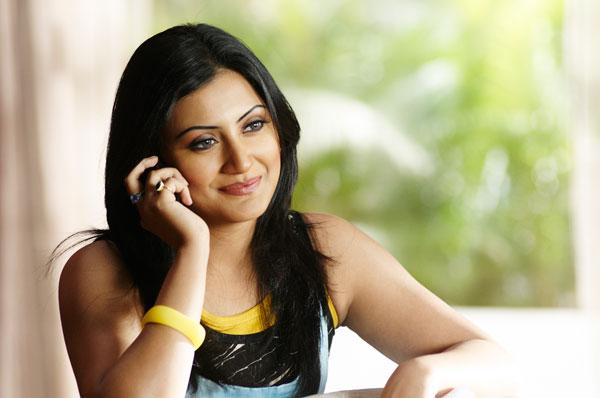 Rimi Sen in Thank You
