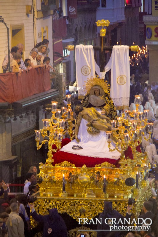 http://franciscogranadopatero35.blogspot.com/2014/10/la-hermandad-del-baratillo-miercoles_31.html