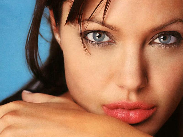 angelina jolie hot sexy photos
