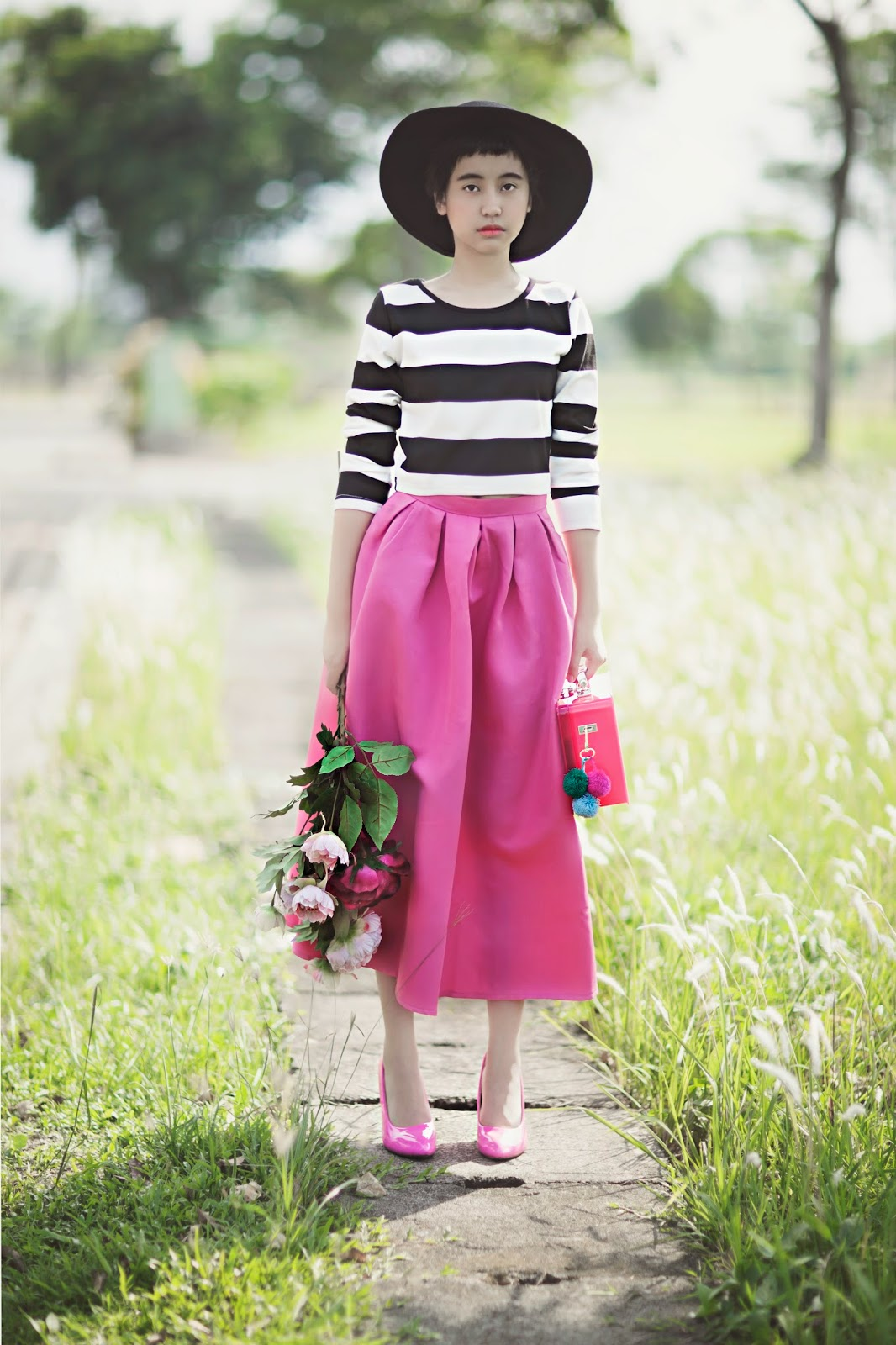 http://www.sheinside.com/Black-White-Long-Sleeve-Striped-Top-With-Purple-Skirt-p-184049-cat-1780.html#goods_description_top