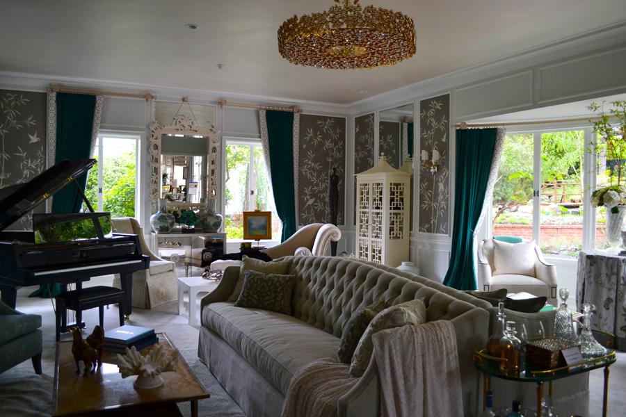 The 2013 pasadena showcase house of design cozy stylish chic for The family room pasadena