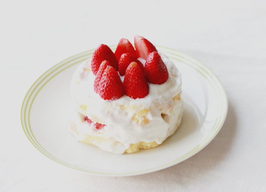 Dreamer / Jacquelyn: Recipe: Japanese Strawberry Shortcake