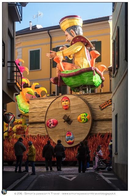 Carnevale cantù carri