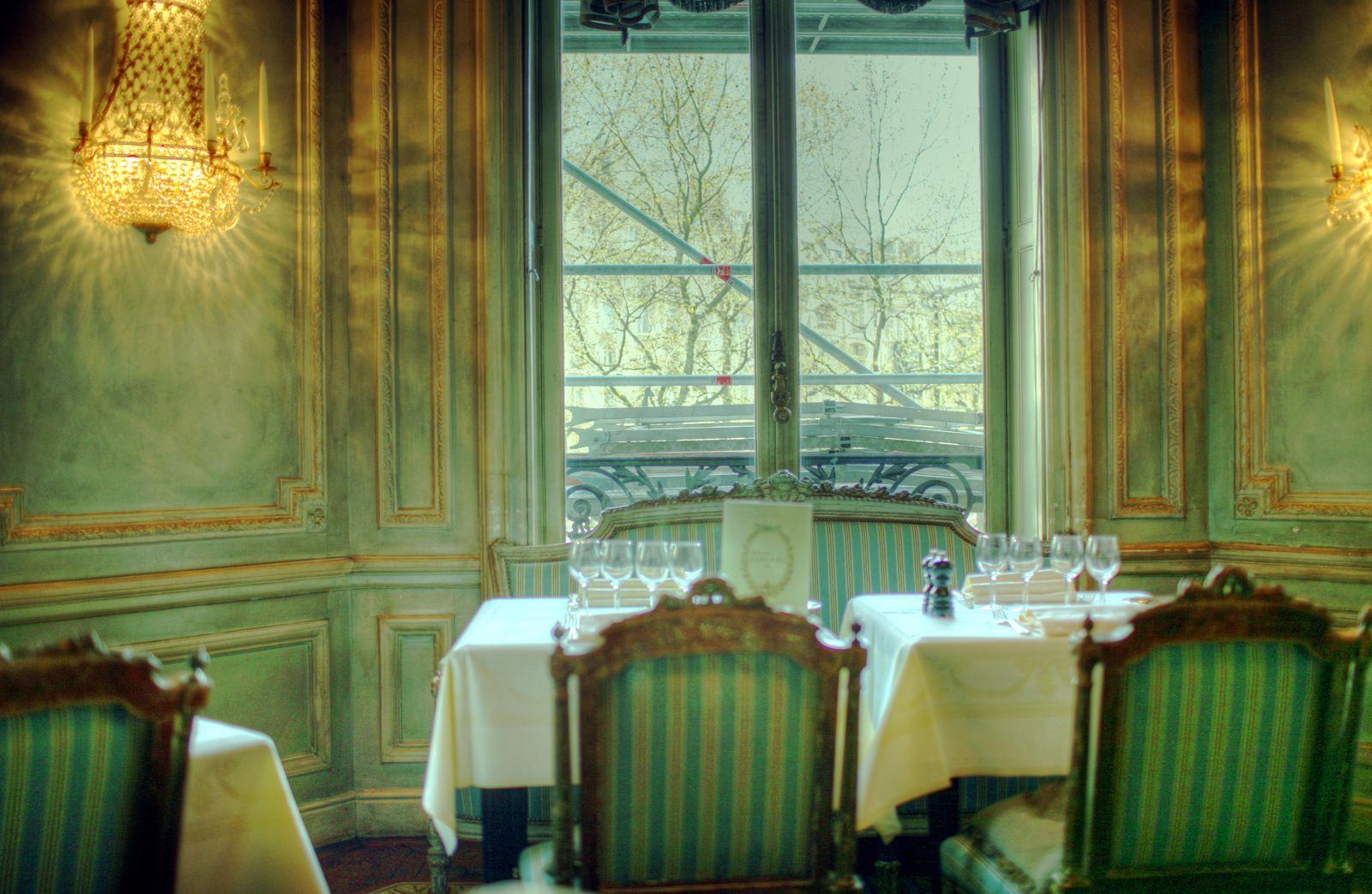 Beaux mondes designs ch teau du champ de bataille for Tea room design quarter