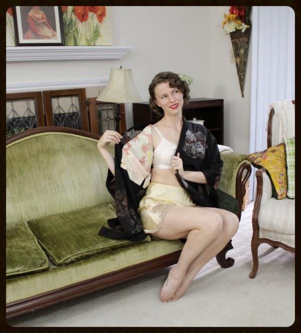 Sweet & Seductive Vintage Lingerie #vintage #lingerie #kimono