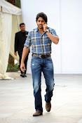 Naga Chaitanya new handsome photos stills-thumbnail-8
