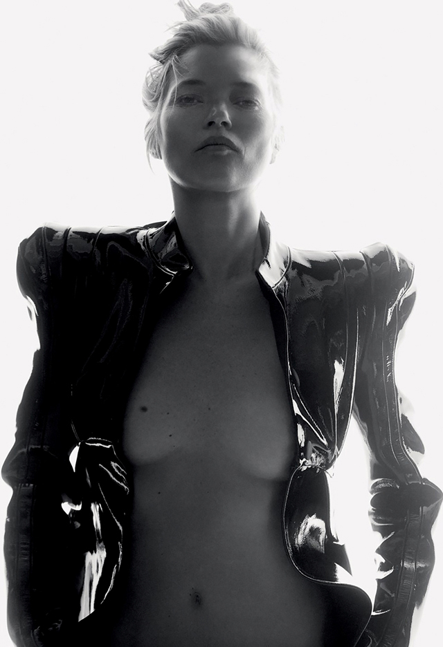 Kate Moss en topless para Love Magazine