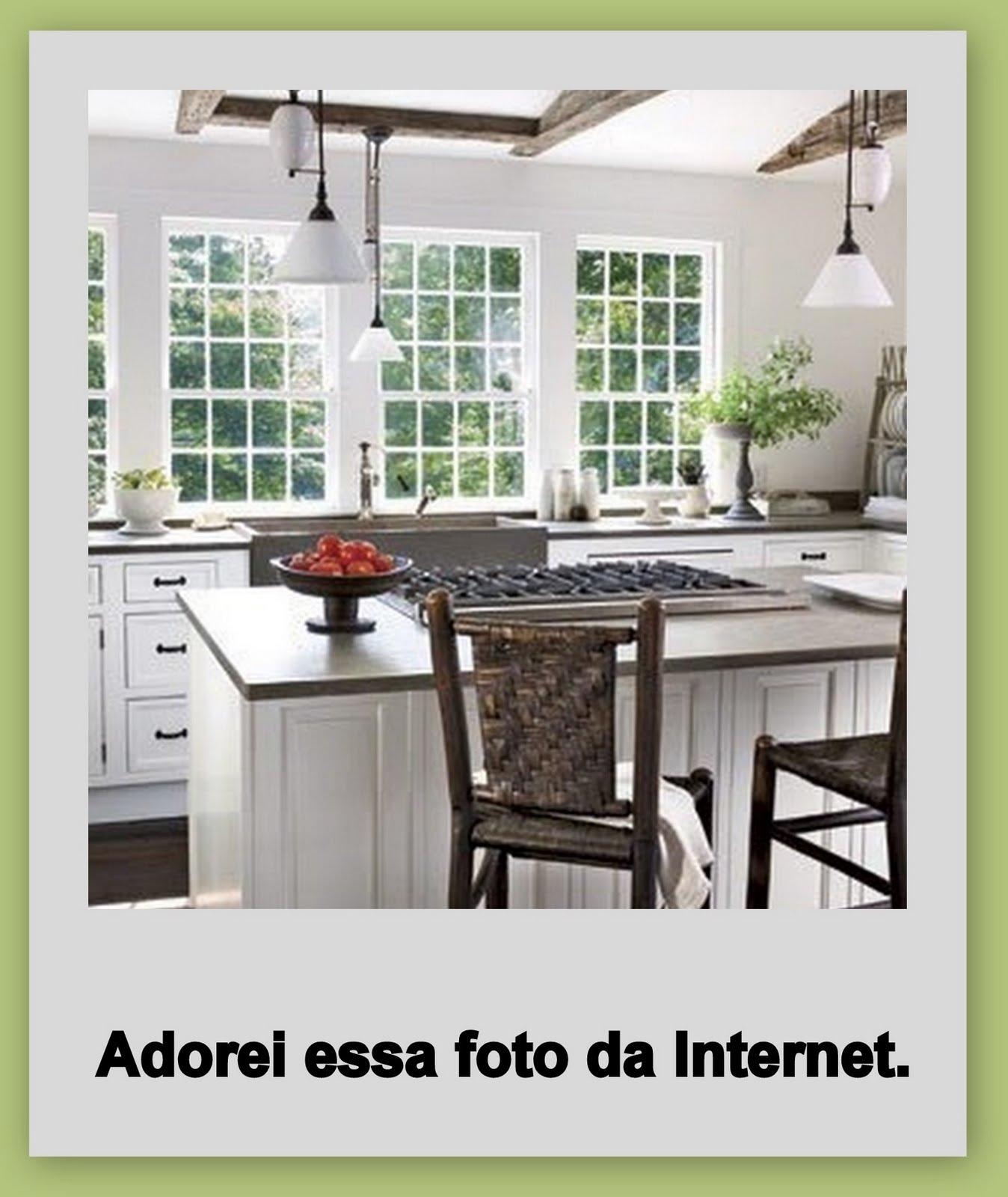 #788645 Nasci numa casa grande com várias portas e janelas  1348x1600 px Projeto De Cozinha Com Janela_4573 Imagens