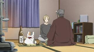 Nyanko-sensei pije a Natsume rozwiązuje problemy youkai