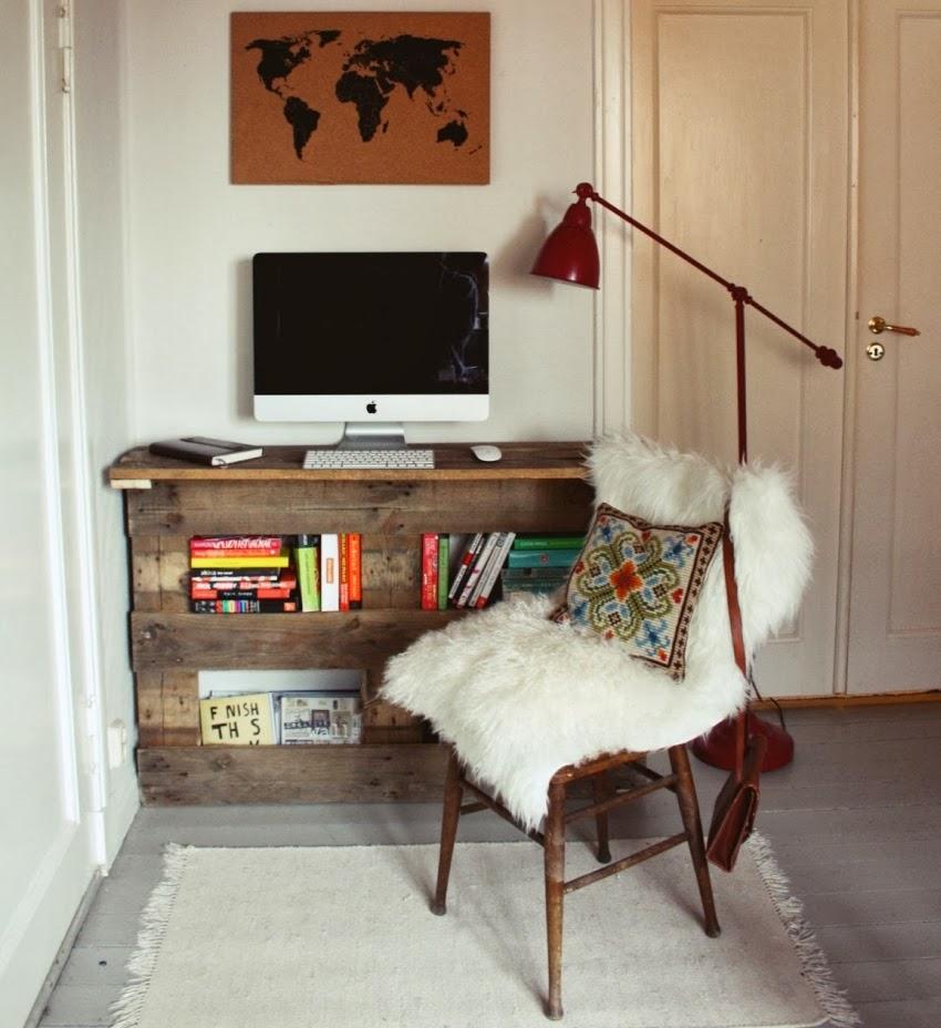 DIY, stolik, biurko, regał, paleta, drewno, zrób to sam