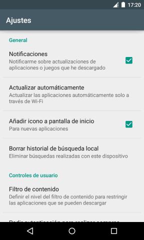 En ajustes de Google Play puedes desactivar que se cree un icono de la aplicación instalada en el escritorio.