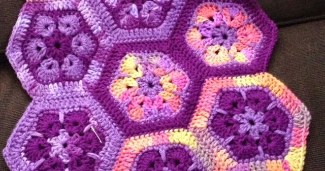 Free Crochet Afghan Patterns For Young Adults : Bizzy Crochet: African Flower Afghan