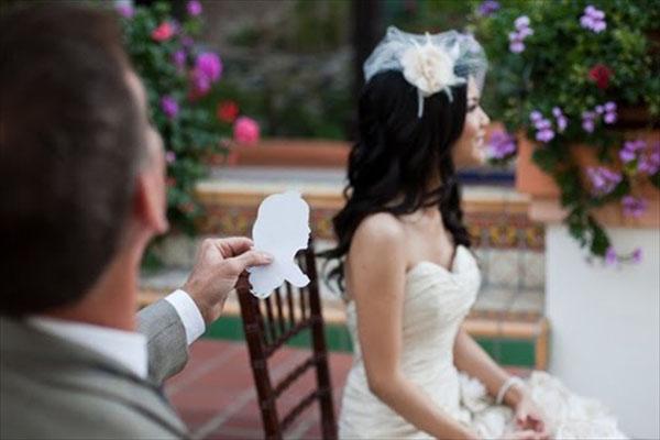 ritrattista per intrattenere gli ospiti a un matrimonio