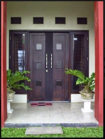 warna cat pintu rumah minimalis hitam
