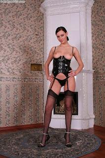 Horny and twerking - rs-image-8-759285.jpg