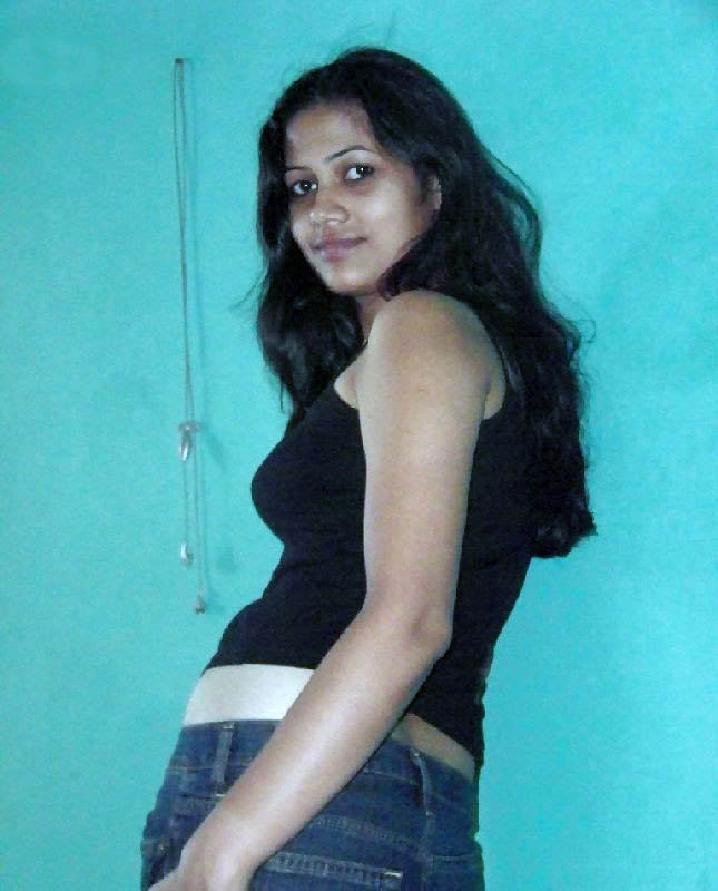 Mallu Aunty Dressing Room Aunties Show In Hot Filmvz Portal