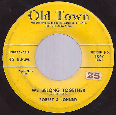 Robert & Johnny - We Belong Together - Walking In The Rain