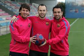 ¿Cuánto mide Lionel Messi? - Estatura y peso - Real height - Página 2 Mesi%252C%2BXavi%2BIniesta%2Bchandal