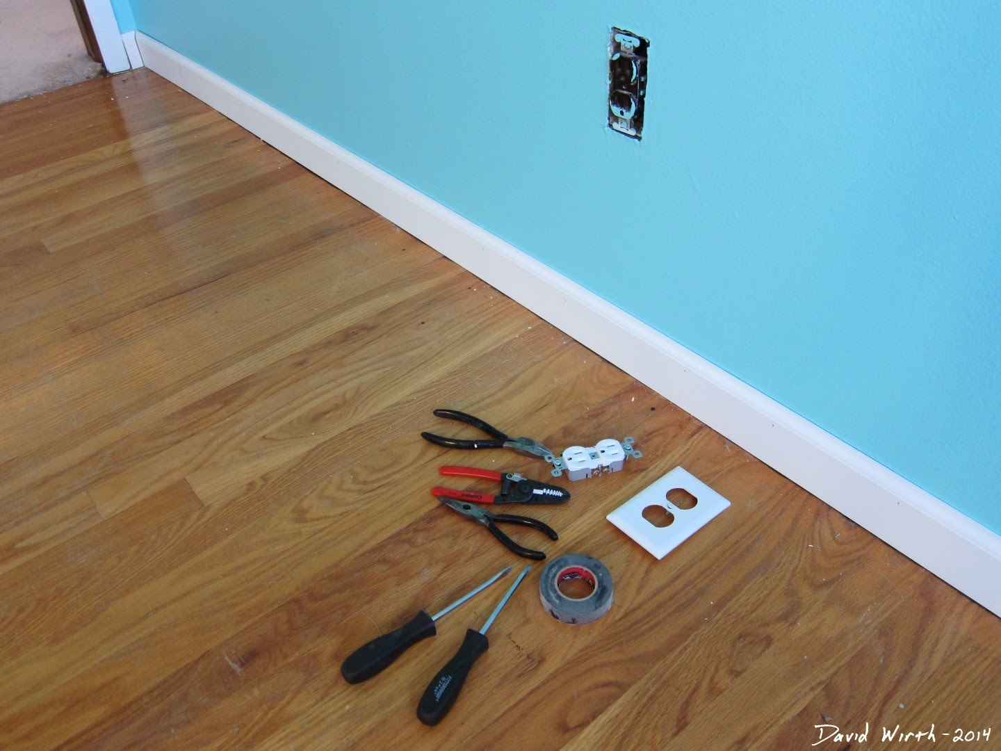replace wall outlet, electrical outlet, cheap fix