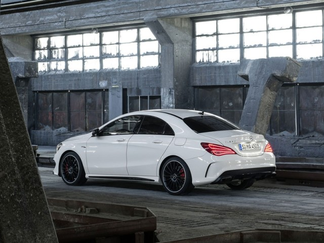 Related Posts to 2014 Mercedes-Benz CLA 45 AMG :