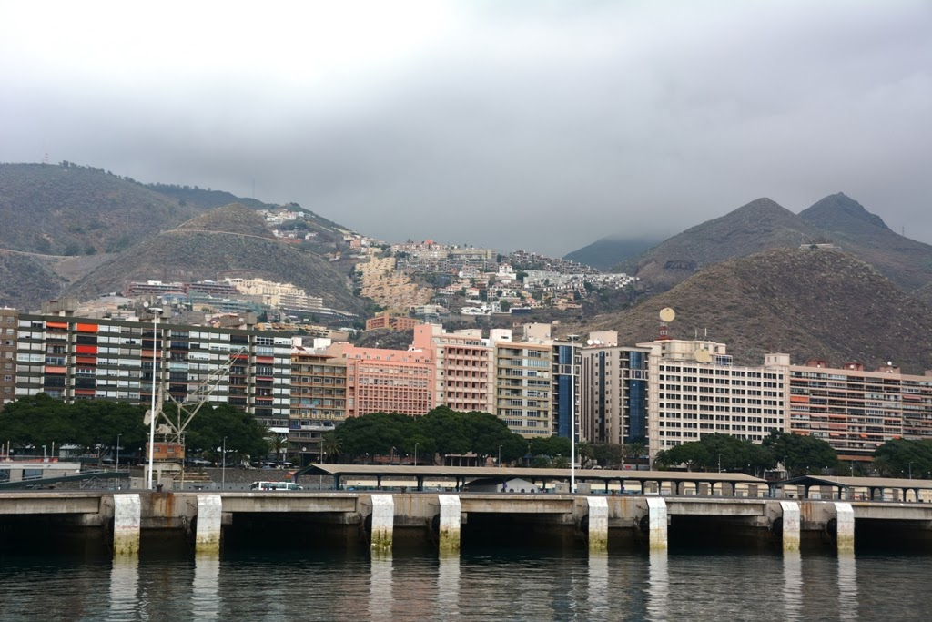 Santa Cruz Port Tenerife mountains