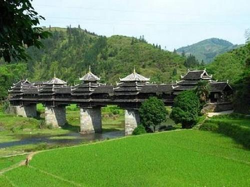 Puentes más curiosos del mundo - Wind-Rain, China