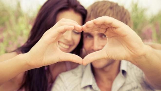 علاقة الحب بين الشاب والفتاة 440246-2-or-1359044152