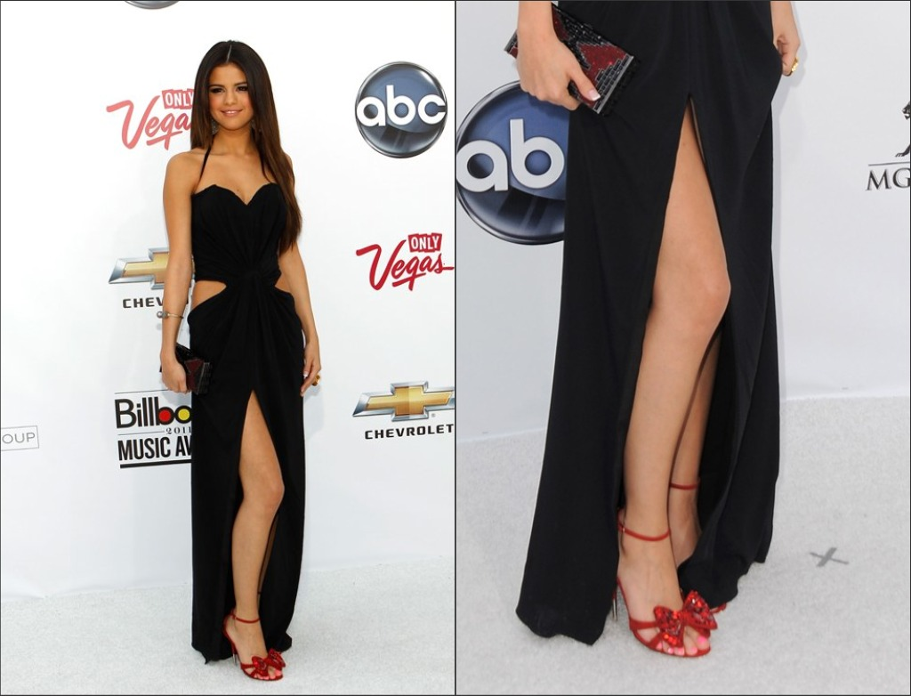 Black dress with touch of red - Selena Gomez Lookes So Hot In Her Dress Nice Touch Of Red Heels
