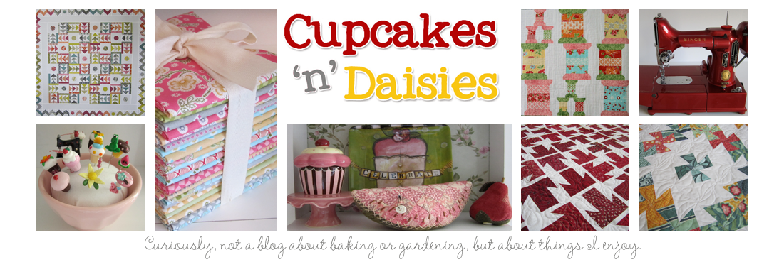 Cupcakes &#39;n Daisies