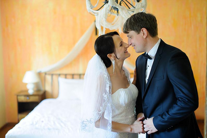 jausminga vestuvių fotografija