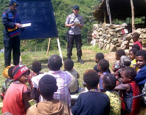 Mendikbud Ini Terobosan Untuk Sekolah Daerah Terpencil