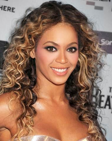 cabelos-cacheados-negras-afro-descendentes-1
