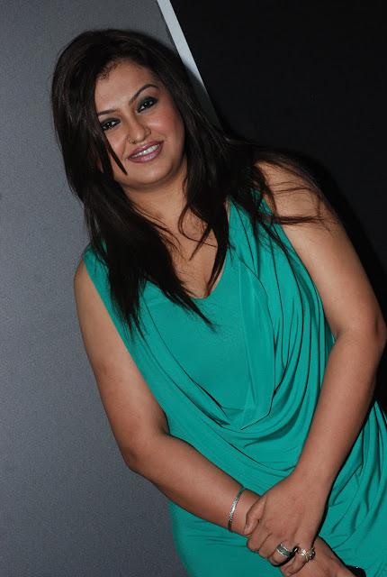 Tamil Actress Sona Aunty Xxx - free porn