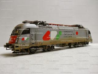 "< src = ""image_12.jpg"" alt = "" Locomotive invecchiate Piko scala 1:87 "" / >"