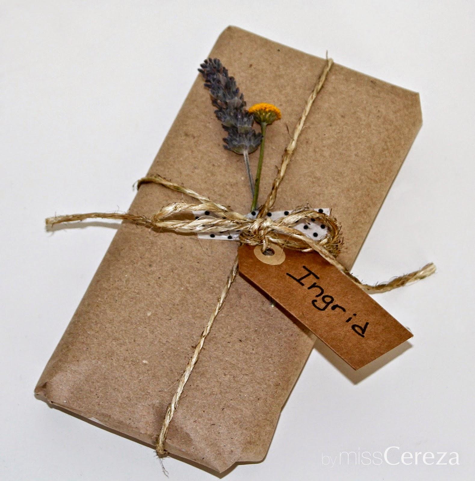envolver regalos de forma personalizada