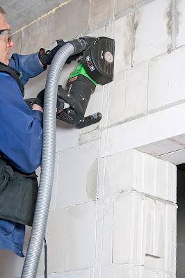 Vận hành máy cắt rãnh tường Eibenstock