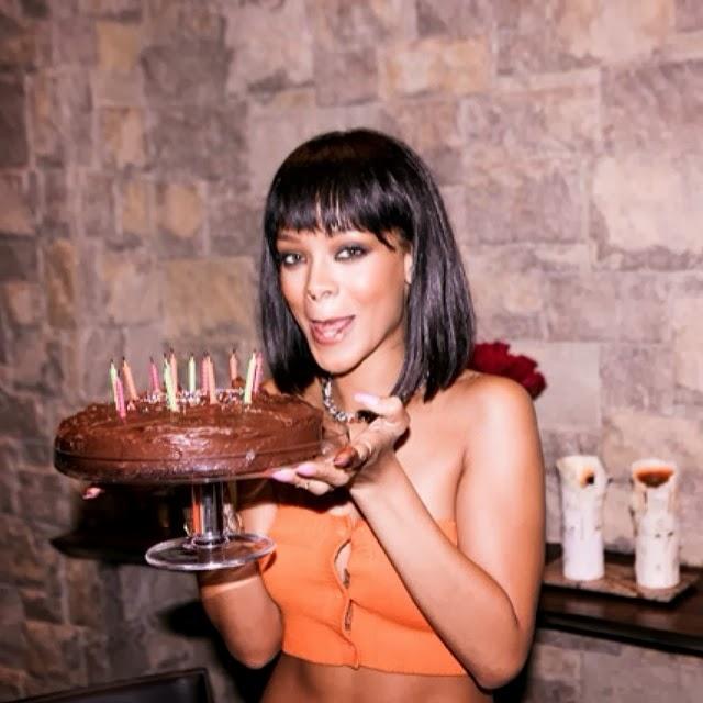 Rihanna celebrando su cumpleaños