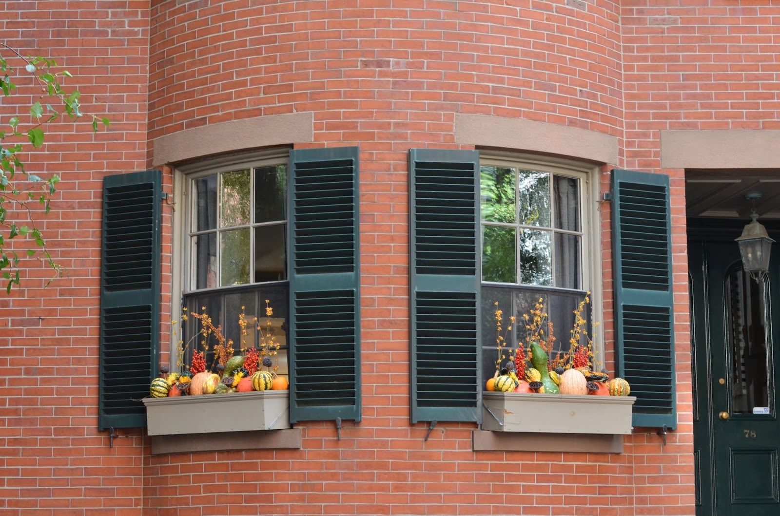 Beacon Hill, Boston, Massachusetts, window decor, pumpkin, fall decor