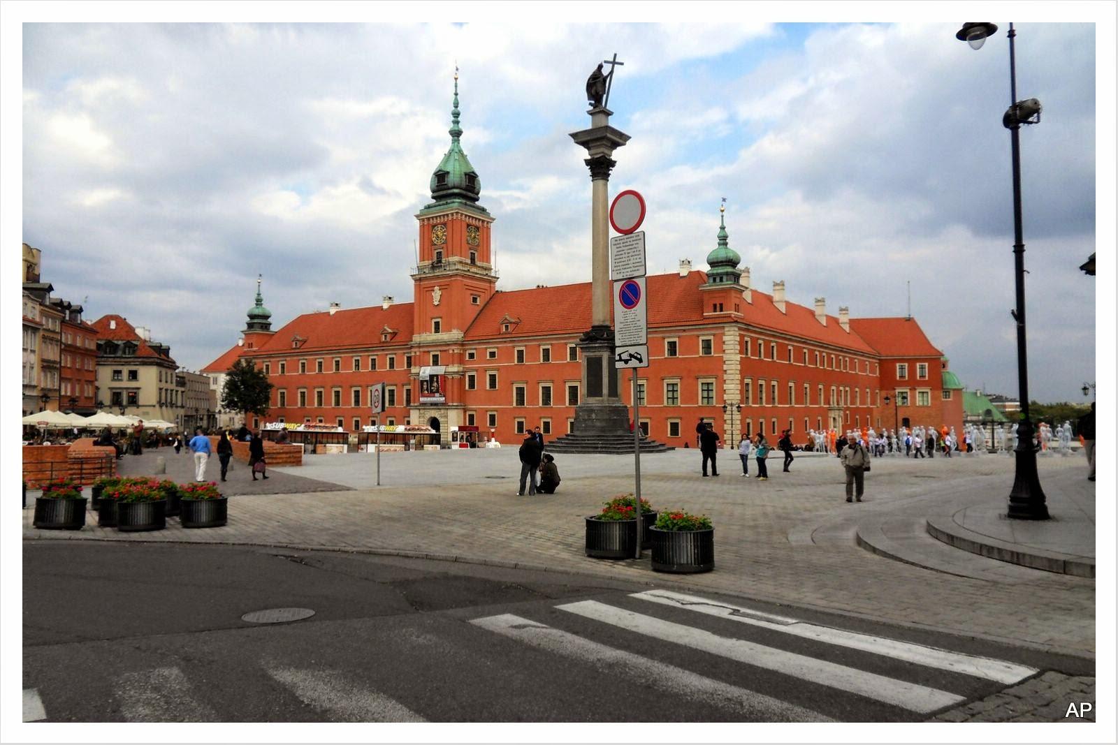 Schlossplatz und Königsschloss
