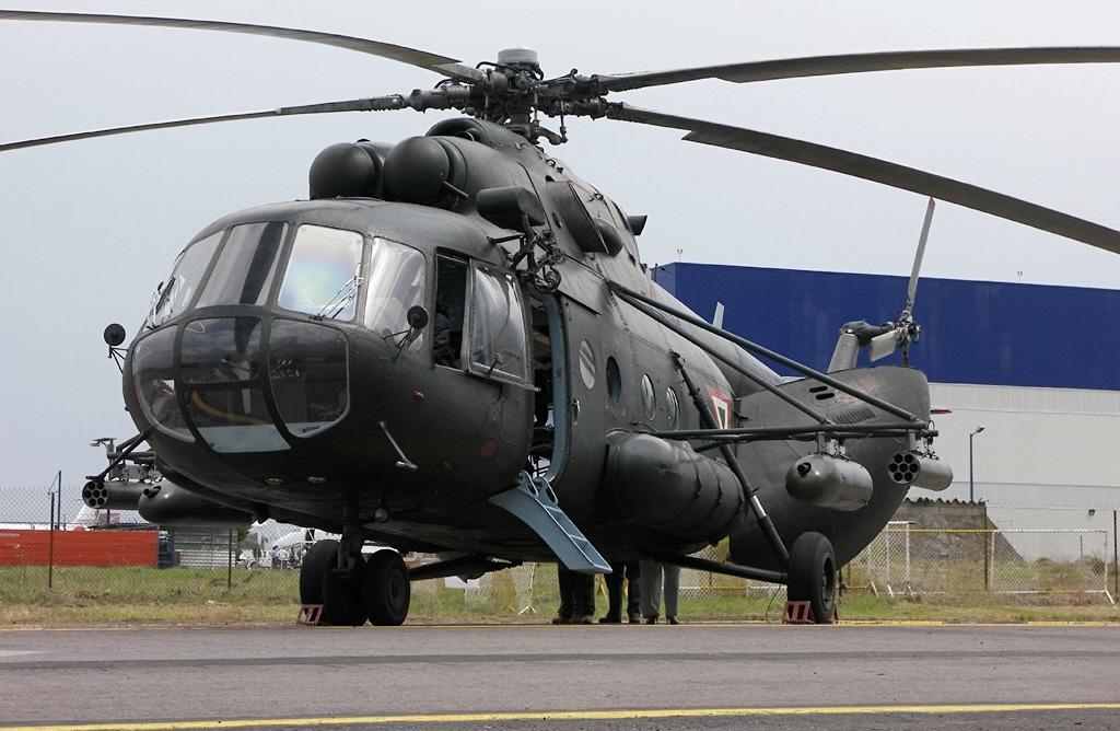 Inventario  de  aeronaves de  la  FAM  ( actualizado 23 Febrero 2016 ) Mexico_Mil+Mi-17+Hip-H