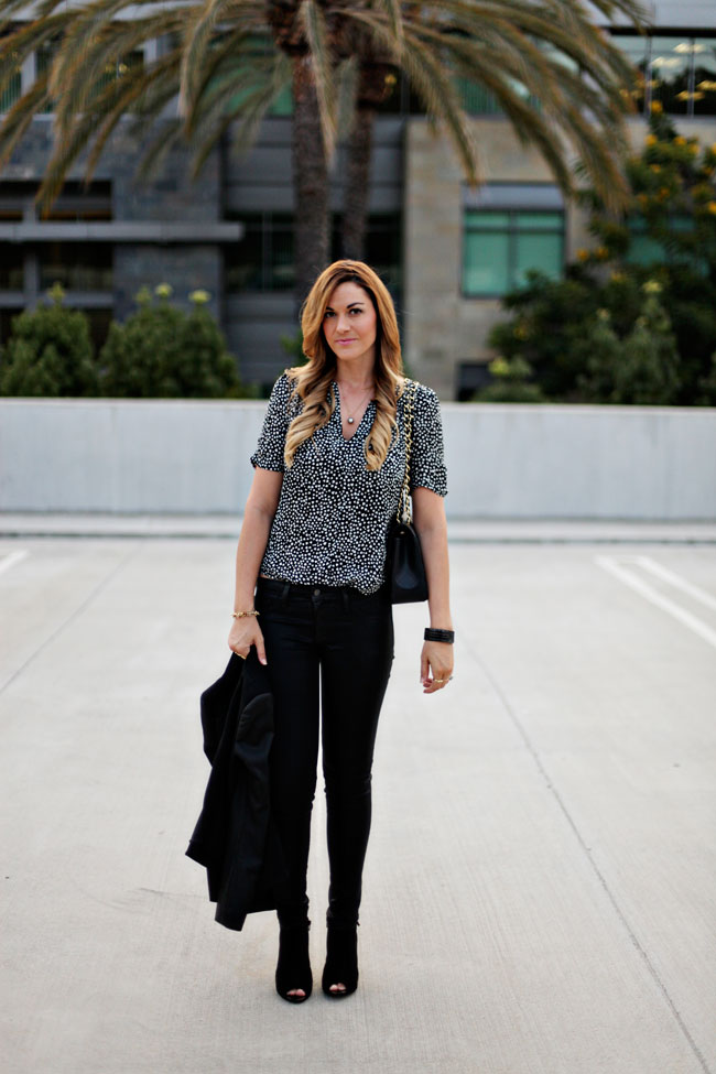 Fall Style, Street Style, Fashion Blog, Joie Printed Top, Heart Blouse, Skinny Jeans, Fall Jeans, Ann Taylor, Peep-toe, bootie, open-toe, Leopard booties, tahitian pearl necklace, skinny jeans, fall 2013