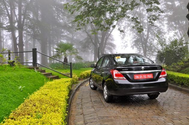 Renault Scala Back View Image