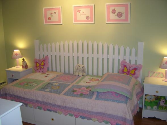 http://3.bp.blogspot.com/-qMRaU6LtZJ4/TinbuE8msZI/AAAAAAAAAE0/6sSUE9KKGWk/s1600/girlsroom09.JPG