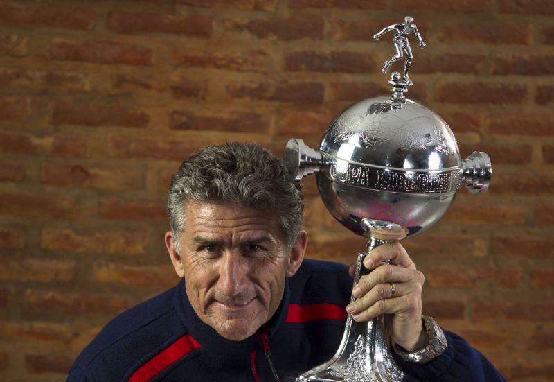 ¿Bauza es el indicado para sacar campeón a Argentina?