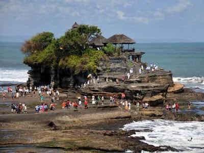 Tanah Lot Pulau Bali