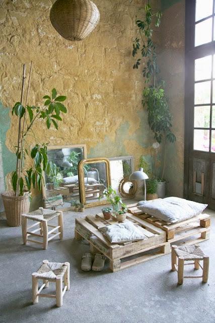 un vieux ch teau au charme fou. Black Bedroom Furniture Sets. Home Design Ideas